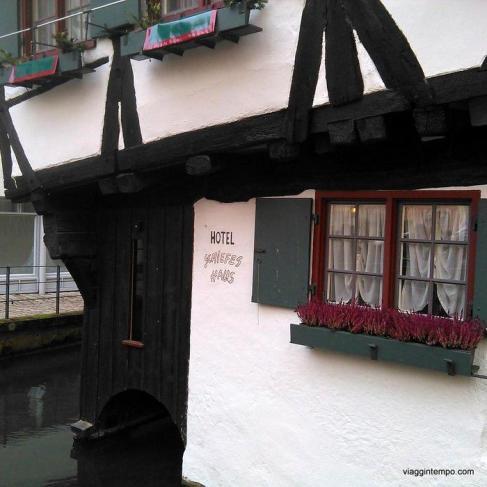 Ulm, Fischerviertel, Hotel Schiefes Haus