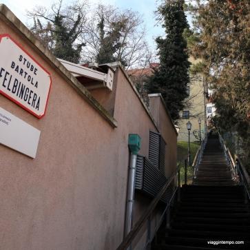 Zagabria, Una delle scalette che salgono alla Gradec