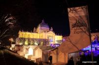 Zagabria, Piazza Tomislav con le bancarelle dell'Avvento
