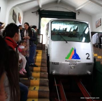 Bogotà, Funicolare per il Moserrate
