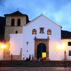 Villa De Leyva, Plaza Major la chiesa