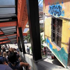 Medelli, Comuna 13, Scale Mobili